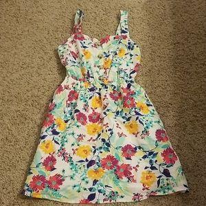 True Craft floral dress sz XS NWOT